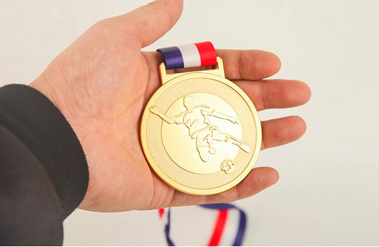足球奖牌7